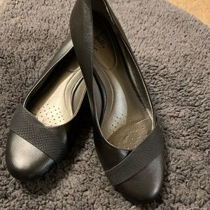 Life stride Soft system sz 10 Women's flats Black